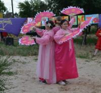 Прикрепленное изображение: корейский танец с веерами.JPG
